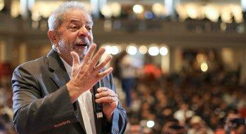 Na primeira pesquisa após prisão, o ex-presidente Lula mantém liderança e vence em todos os cenários de primeiro e segundo turno