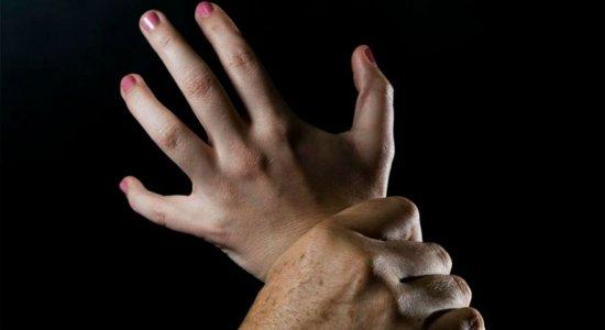 Filho é suspeito de estupro contra a própria mãe em Caruaru