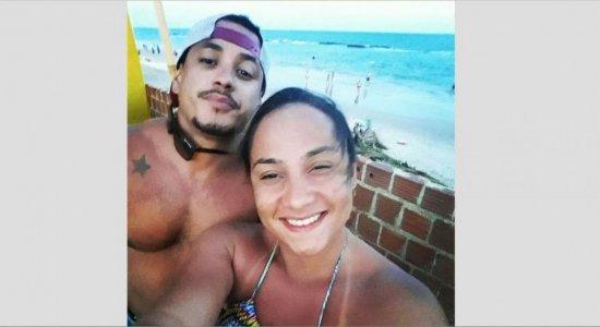 Casal é morto a tiros dentro de carro em Gravatá