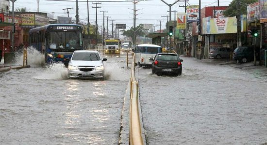 APAC emite novo alerta de chuvas fortes no Estado