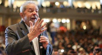 Ex-presidente Lula está preso em Curitiba
