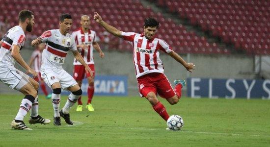 Náutico empata com o Santa Cruz em estreia no Campeonato Brasileiro
