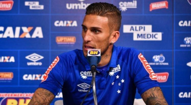 Rafael Marques atualmente defende o Cruzeiro, mas mostrou interesse em jogar pelo Sport