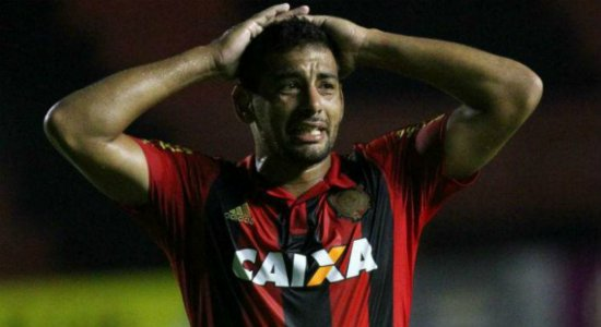 Por questões financeiras, presidente do Sport descarta Diego Souza