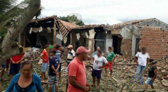 Explosão em fábrica de fogos deixa duas pessoas mortas em Cupira