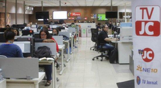 Câmara de Vereadores homenageia os 99 anos Jornal do Commercio