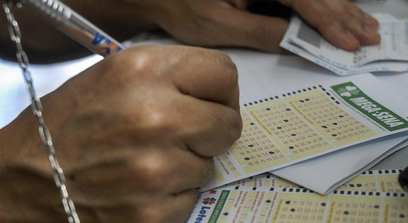 As apostas da Mega-Sena custam a partir de R$ 3,50