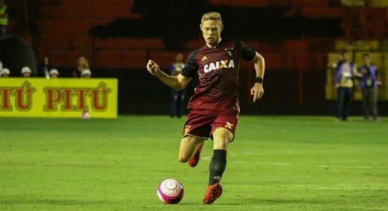 Por não receber R$ 2 milhões do Sport, meia Marlone solicita penhora e direitos econômicos do clube