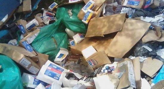 Medicamentos são descartados na Zona Rural de Caruaru
