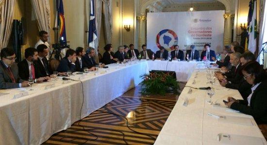 Governadores apresentam carta aberta contra privatização da Eletrobras