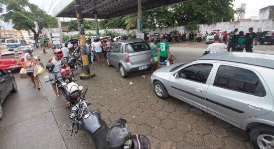 Caminhoneiros do Paraná fazem carreata pela tabela do frete