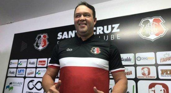 Roberto Fernandes é o novo treinador do Santa Cruz para a temporada 2021