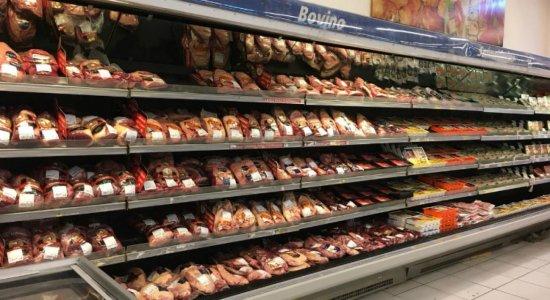 Só temos estoques de carne e hortifruti até quarta, diz Associação de Supermercados