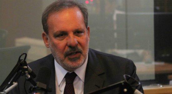 Pela segunda vez, ex-senador Armando Monteiro é diagnosticado com covid-19