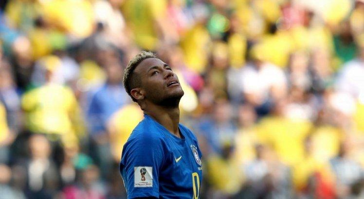 Polícia vai até a Granja Comary para investigar vídeo postado por Neymar