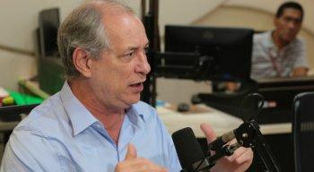 Ciro Gomes chamou Bolsonaro de tosco e fascista