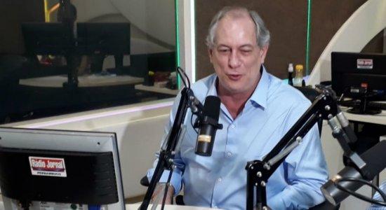 Ciro diz que demora para conter óleo é vingança de Bolsonaro contra o NE