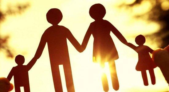 Atitude Adotiva: Projeto Família, um direito de toda criança e adolescente