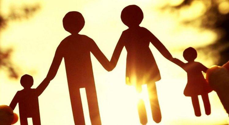 Atitude adotiva: A adoção de grupo de irmãos