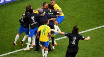 Brasil venceu o México por 2 x 0