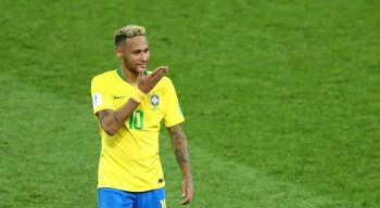 Neymar fez a melhor exibição diante do México nas oitavas de final