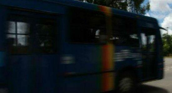 Grande Recife registra oito assaltos a ônibus nas últimas 24h