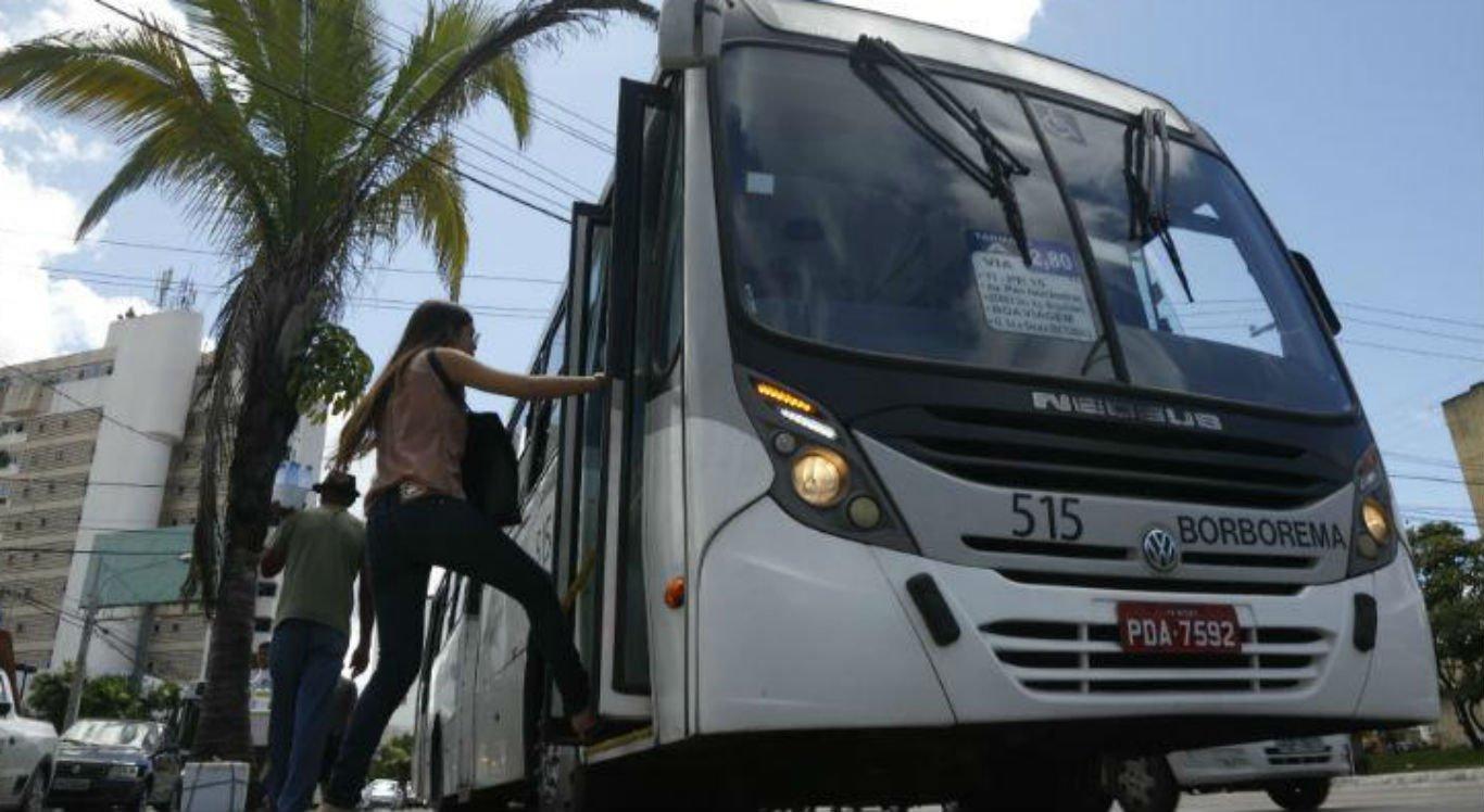 Grande Recife registra média diária de 7 assaltos a ônibus em outubro