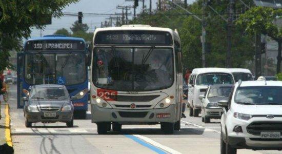Nas últimas 24h, nove ônibus são alvos de assaltantes na RMR
