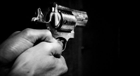 Duas pessoas morreram e 14 ficaram feridas em tiroteio no Canadá