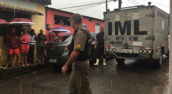 Jovem é morto a caminho do estágio no Recife