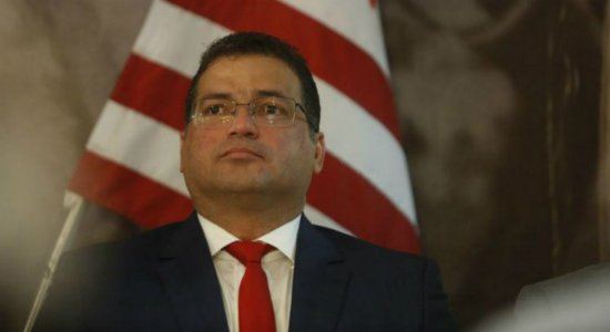 Presidente do Náutico afirma estar próximo de acerto com executivo e que vai reforçar sistema defensivo