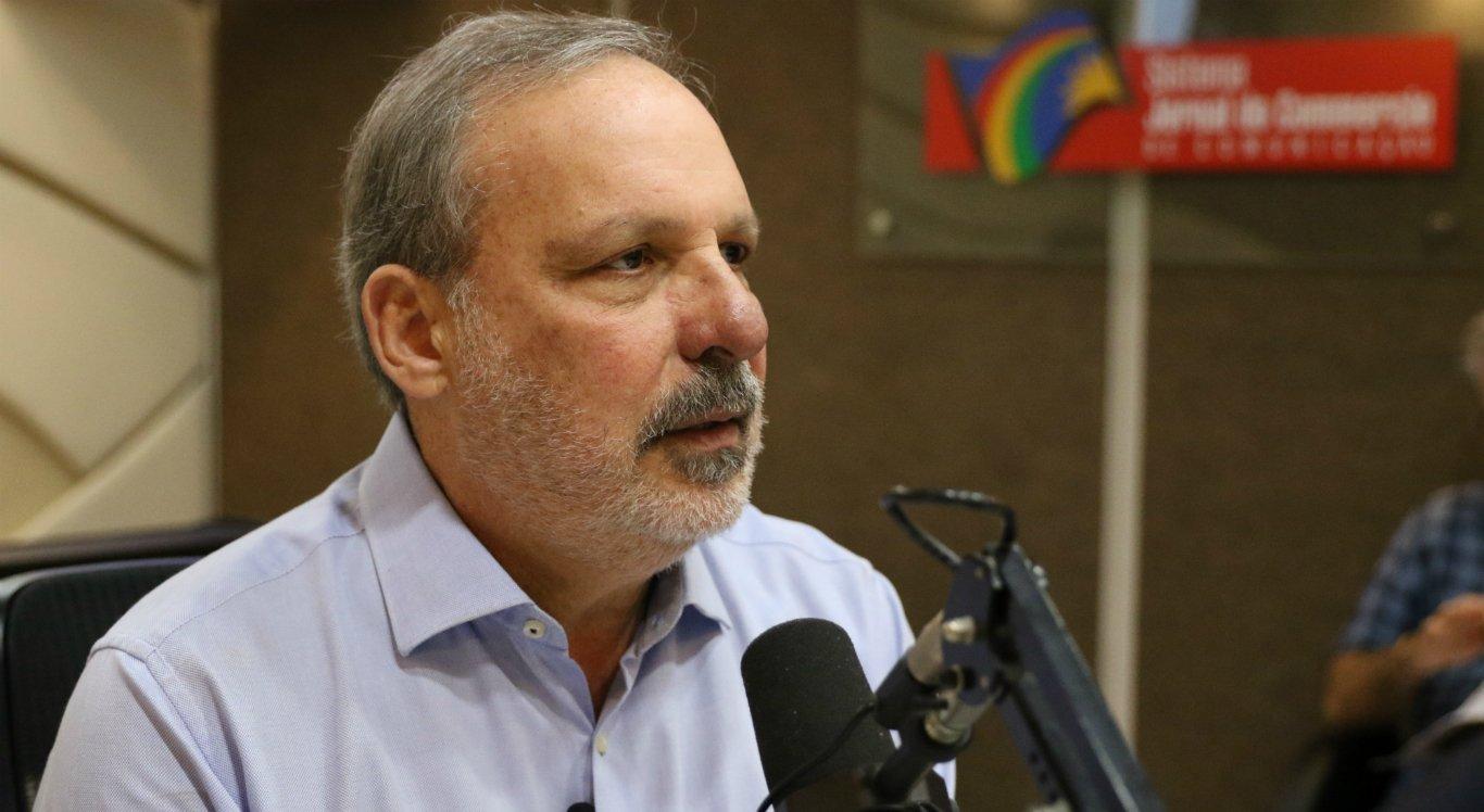 Armando Monteiro é senador e candidato ao Governo de Pernambuco