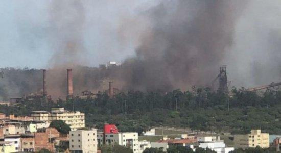 Explosão na Usiminas não deixou vítimas fatais, diz Corpo de Bombeiros