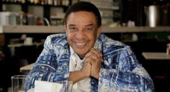 Morre cantor Agnaldo Timóteo, aos 84 anos, vítima de covid-19