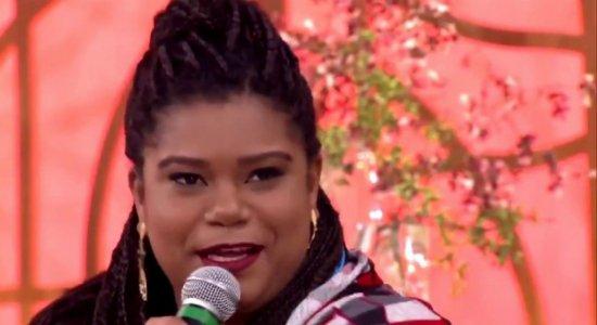 """Pernambucana sucesso na internet como """"rainha das narrações"""" é destaque no Frequência 2.0 desta sexta"""