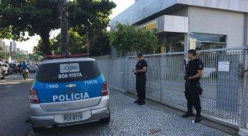 A Polícia Militar e o Instituto de Criminalística (IC) foram acionados.
