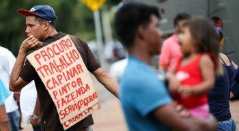 Refugiados venezuelanos abrigados provisoriamente no Brasil tem dificuldade de encontrar emprego