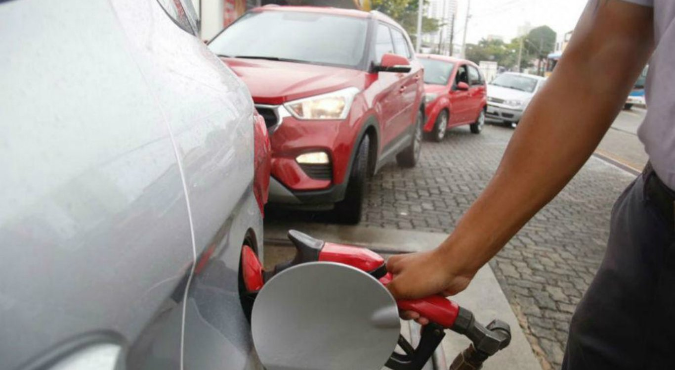 Após boato, gasolina chega a R$ 4,50 em Garanhuns