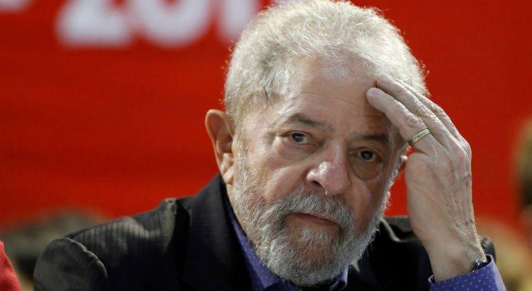 TSE suspende inserções do PT na TV que usam imagem de Lula