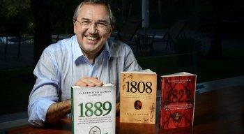 """Laurentino Gomes é autor das obras sobre a história nacional """"1808"""", """"1822"""" e """"1889"""""""