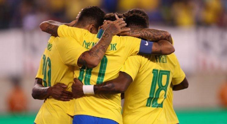 Brasil vence os Estados Unidos no primeiro jogo após a Copa do Mundo