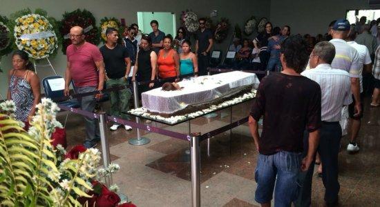 Fãs, colegas de trabalho e personalidades se despedem de Graça Araújo