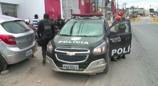 Após tiroteio com vítima, PM faz operação em comunidades de Olinda