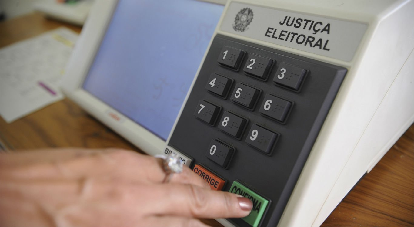 Cerca de 28.880 cidadãos de 35 partidos políticos ou coligações apresentam-se como candidatos