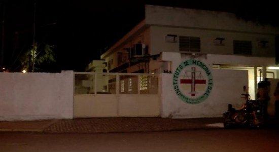 Corpo de uruguaia morta em acidente de carro permanece no Recife