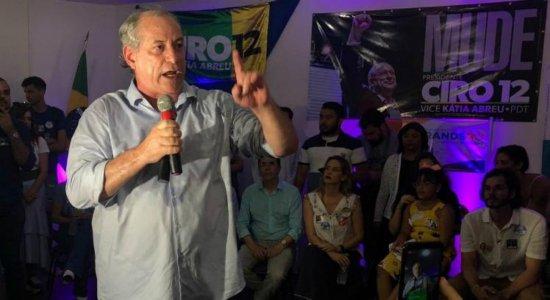Com a lataria consertada, diz Ciro Gomes ao receber alta do hospital