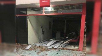 O posto de atendimento do Bradesco no município ficou completamente destruído