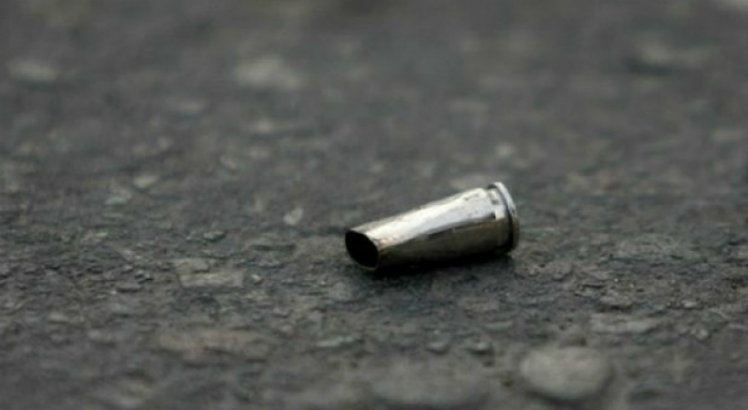 Corpo de menina vítima de bala perdida é enterrado no Agreste