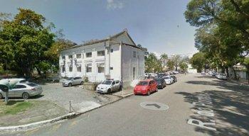 As alunas prestaram queixa na Delegacia da Mulher de Santo Amaro, área central do Recife