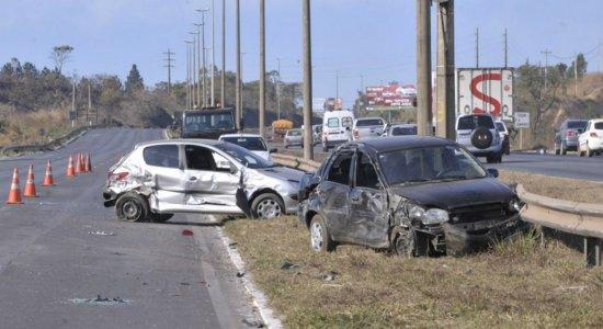 764 acidentes em rodovias federais são registrados durante feriadão